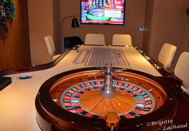 Ady https://casinoreviewmrbet.com/mr-bet-bonus/ Butler